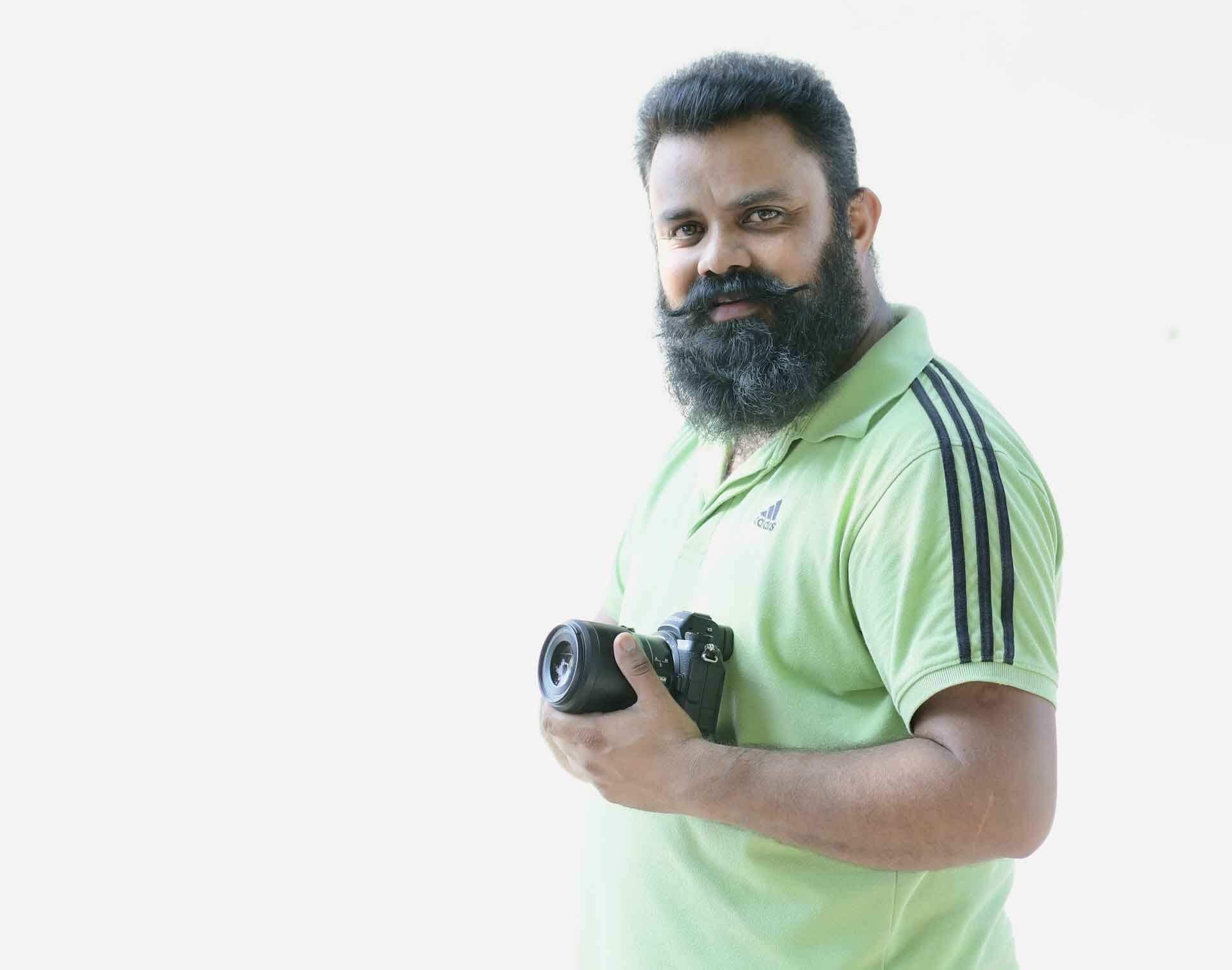 Sanjeev Sidhu - Nikon Expertive